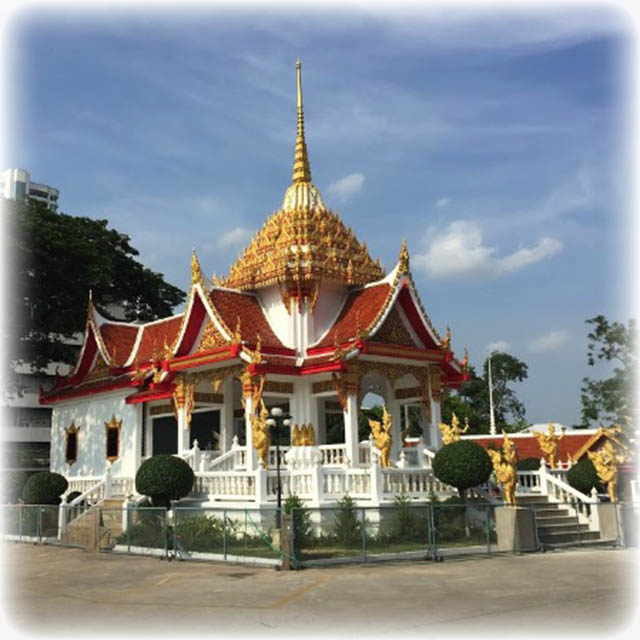 Vihara Shrine at Wat Ling Khob